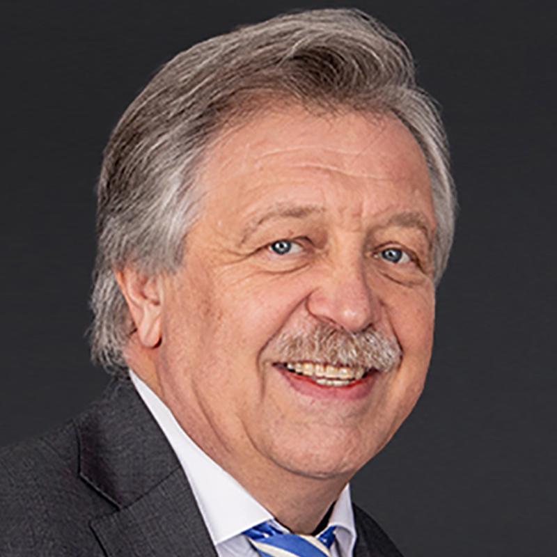 Dr. Mathias Reuschel